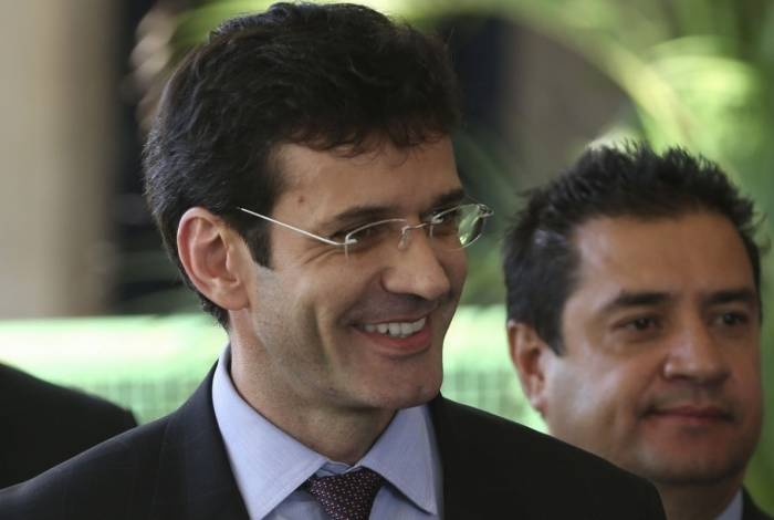 O ministro do Turismo, Marcelo Álvaro Antônio (PSL), é apontado por articular candidaturas laranjas em Minas para direcionar verbas de campanha para empresas ligadas ao seu gabinete na Câmara