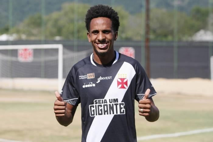 Lucas Mineiro, de 22 anos, agradou durante a pré-temporada em Atibaia