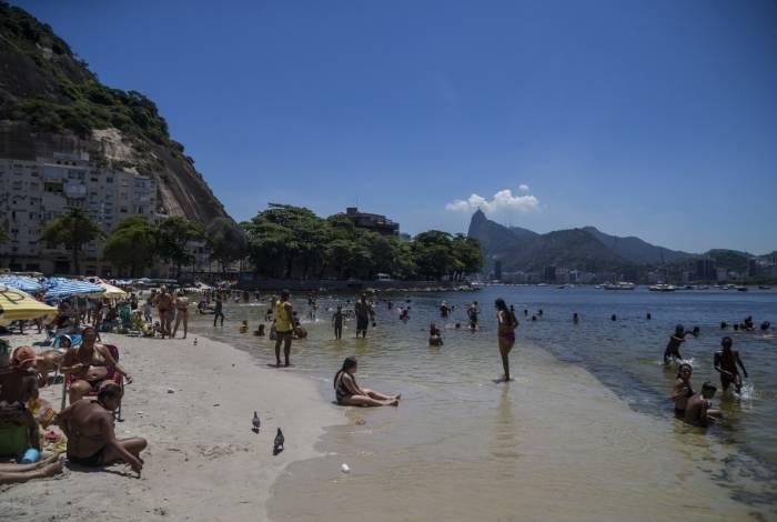 Praia da Urca estava imprópria desde 2015, mas há três anos passou a ter índice de balneabilidade satisfatório e foi liberada para banhistas