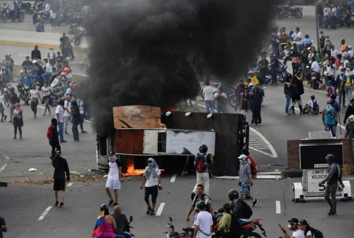 Treze pessoas morreram em protesto contra o governo Maduro