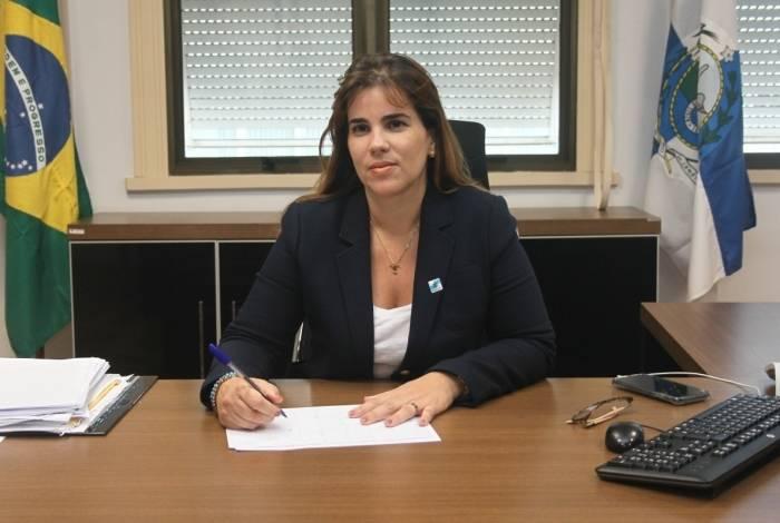 Fabiana Bentes é ex-secretária