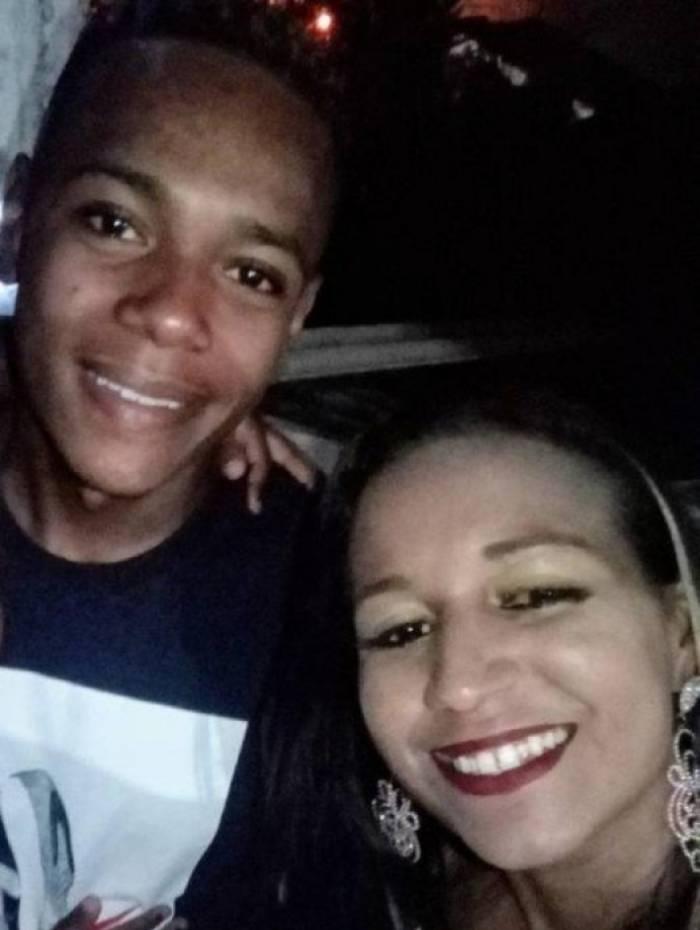 De acordo com a mãe de Lucas, os acusados colocaram o rapaz na viatura sem nenhum ferimento na cabeça, o que corrobora a versão de execução a caminho do hospital