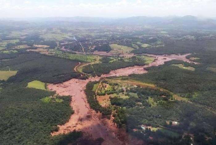 Barragem da mineradora Vale se rompe e atinge Brumadinho, em Minas Gerais
