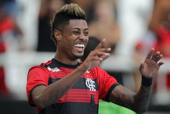 Bruno Henrique marcou duas vezes