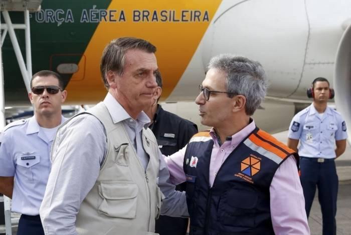 O Presidente da República, Jair Bolsonaro, durante sobrevoo da  região atingida pelo rompimento da barragem Mina Córrego do Feijão, em Brumadinho/MG
