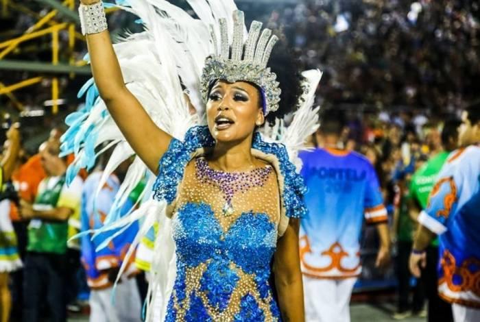 Sheron Menezzes brilhou no desfile da Portela em 2018