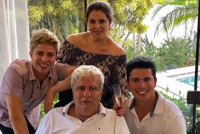 Sonia Lima os filhos e o falecido marido, Wagner Montes