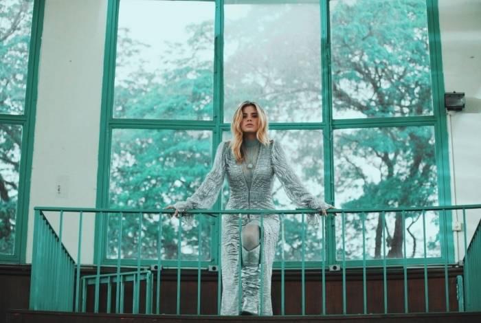 Giulia: contato com o Maroon 5 no Rock In Rio mudou a vida dela