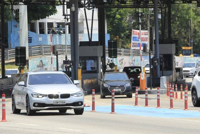 Cobrança de tarifa do pedágio aos motoristas voltou a ser realizada depois de decisão da Justiça