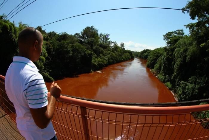 Rio Paraopeba foi contaminado pelo rompimento de barragem da mina Córrego do Feijão, em Brumadinho