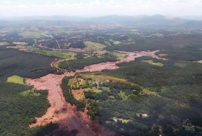 Tragédia em Brumadinho contabiliza 165 mortos e 160 desaparecidos, entre funcionários da mineradora, terceirizados que prestavam serviços à Vale e membros da comunidade