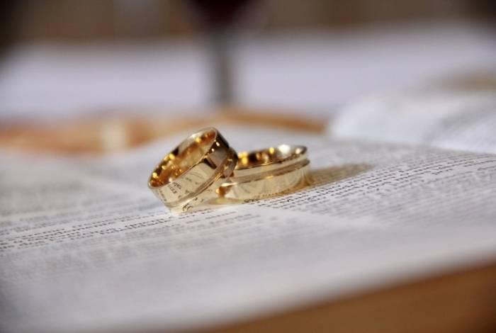 Marido humilhou esposa em saída de tribunal e mulher pediu divórcio