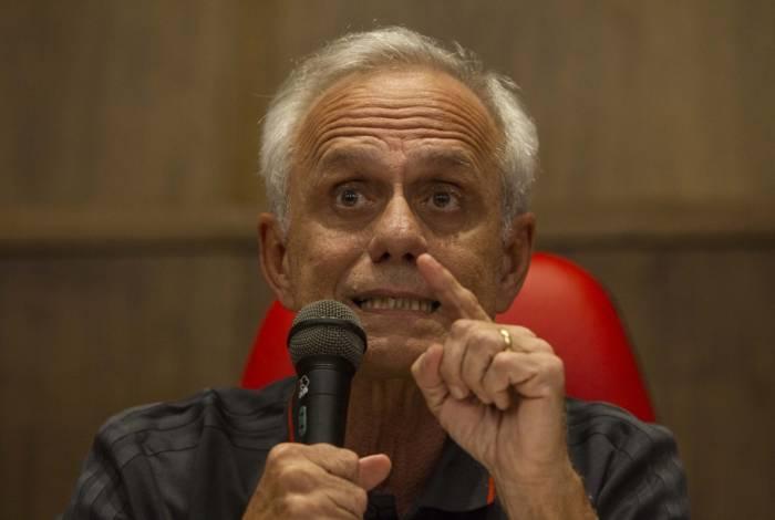 Reinaldo Belotti não respondeu a perguntas: fez somente um pronunciamento