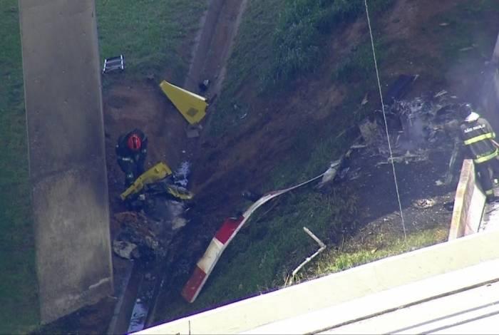 Helicóptero caiu na Rodovia Anhanguera