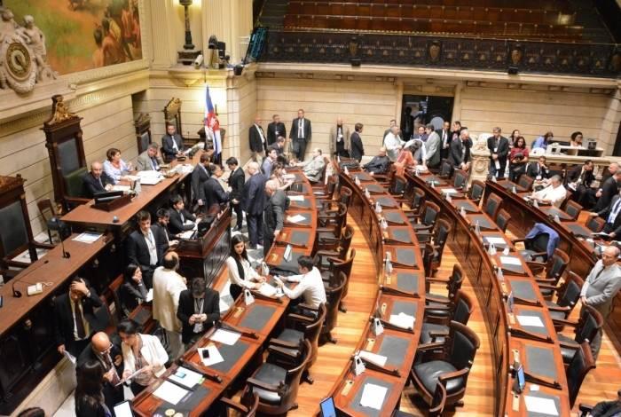 Se Crivella mandar proposta após possível aval à PEC em Brasília, Câmara do Rio terá que votar novo texto