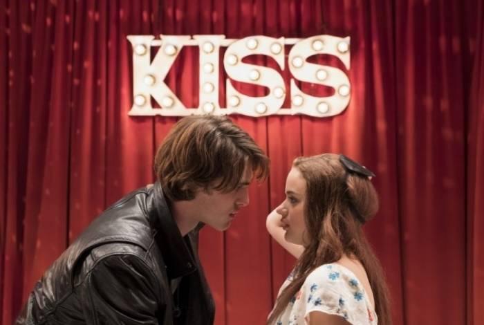 Jacob Elordi e Joey King em cena de 'A Barraca do Beijo'
