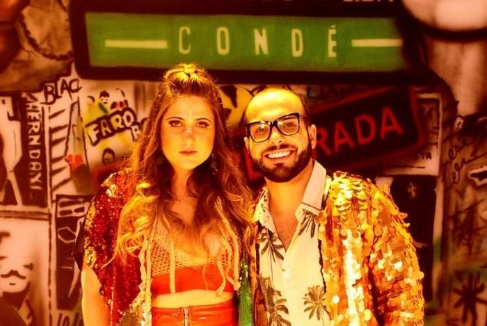 Mica Condé com o ex-BBB Mahmoud Baydon