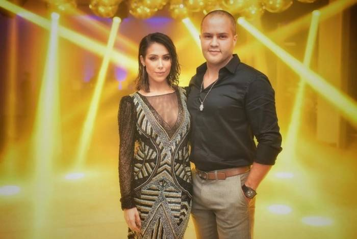 Marido de Bella Falconi, Ricardo Maguila, comemora 40 anos com luxo e estilo