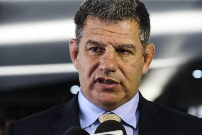 Ex-coordenador da campanha de Bolsonaro e responsável por levá-lo para o PSL, Gustavo Bebianno caiu após um ruidoso embate público com o vereador Carlos Bolsonaro