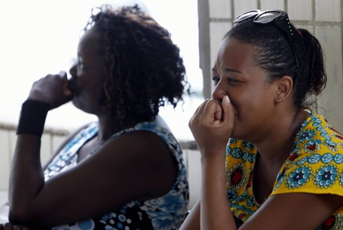 Parentes das atropeladas em Irajá se emocionaram no hospital, após saberem da morte de uma delas