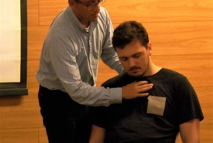 A hipnoterapia também ajuda os pacientes nas tomadas de decisões