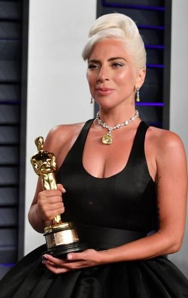 Lady Gaga usa diamante de US$ 30 milhões, cerca de 112 milhões de reais, no Oscar 2019