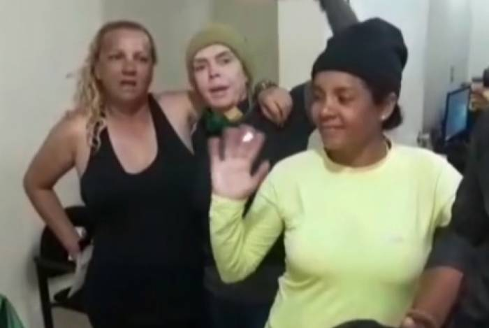 Mais de setenta brasileiros estão retidos em Santa Elena de Uairén, na Venezuela
