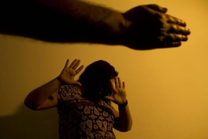 O local mais inseguro para a mulher brasileira vítima de violência é a própria casa