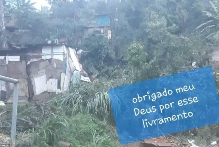 Árvore atingiu casa e feriu gravemente bebê de dois meses em Acari
