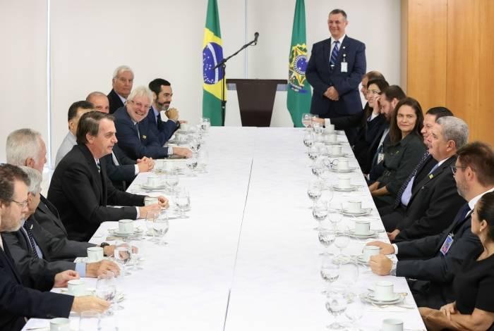 presidente bolsonaro no café da manhã com jornalistas