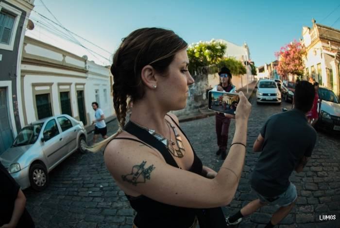 Série Videoclipers estreia com clipe de Alceu Valença