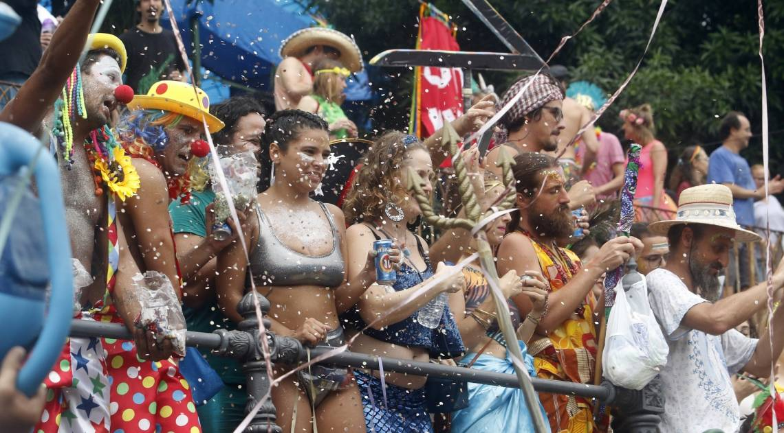 Desfile do bloco 'Céu na Terra', em Santa Teresa