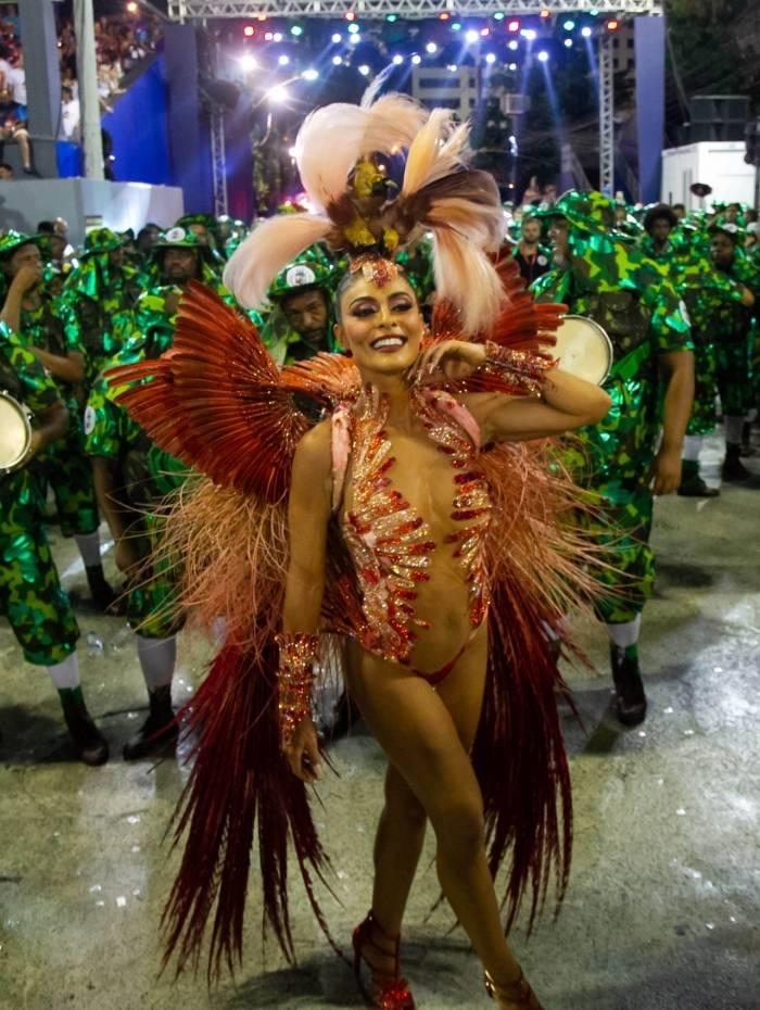 Juliana Paes, rainha de bateria Grande Rio