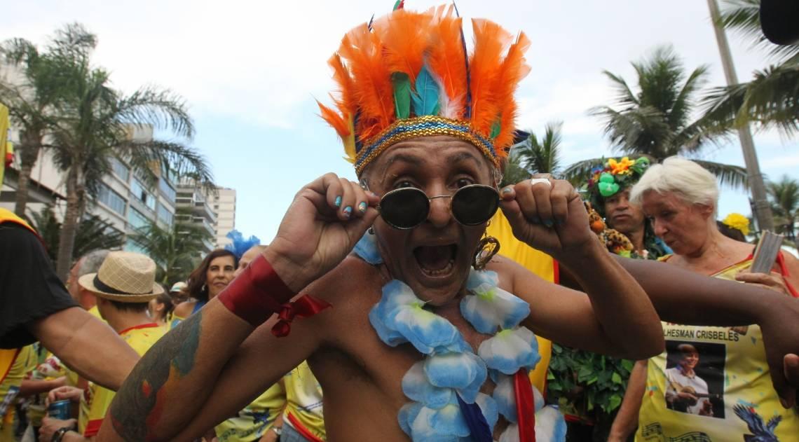 A alegria do folião na Banda de Ipanema