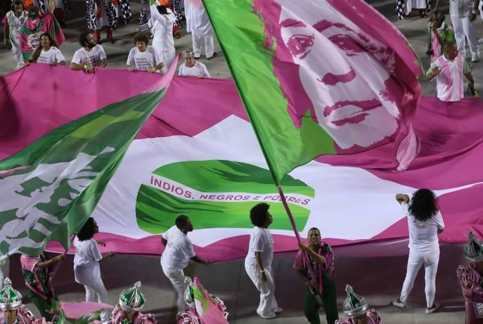 Carnaval 2019 - Desfile da Escola de Samba do Grupo Especial, G.R.E.S. Mangueira, no Sambódromo da Marquês de Sapucaí, no centro da cidade do Rio de Janeiro nesta segunda-feira (04). Foto: Alexandre Brum/Agência O Dia