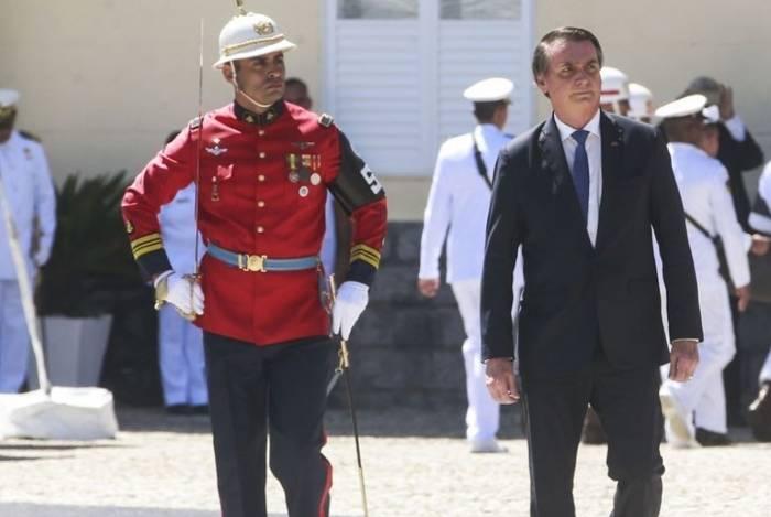 Presidente Jair Bolsonaro determinou que o Ministério da Defesa comemore o golpe militar de 1964 no próximo dia 31
