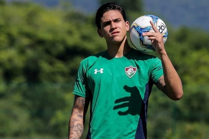Pedro em treino do Fluminense