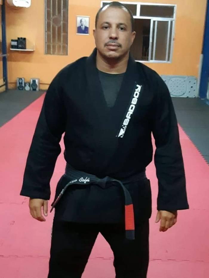 Cafú era professor de artes marciais e segurança do grupo de pagode Sorriso Maroto