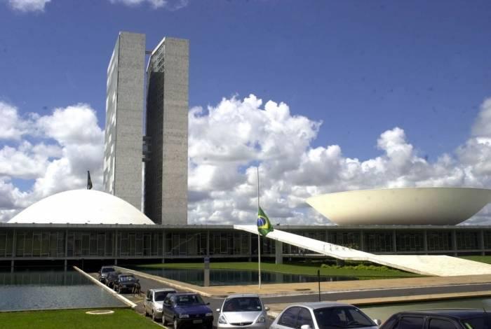 Visita de Guedes, CPI e pauta de mulheres devem movimentar Senado