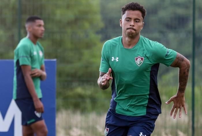 Allan tem conseguido rápida readaptação ao futebol brasileiro depois de passagem pela Europa