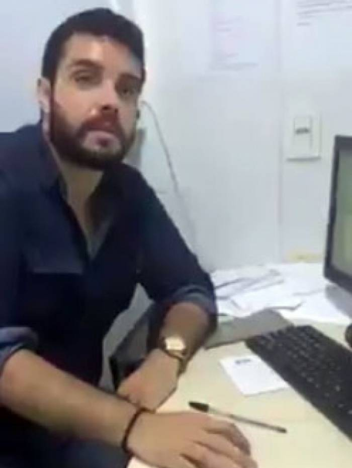 Médico foi filmado maltratando paciente