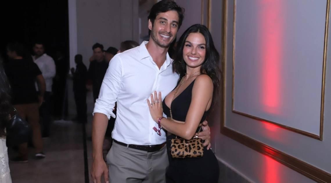 Isis Valverde e o marido, André Rezende