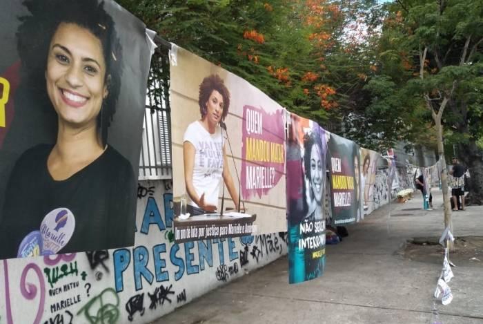 Marielle e Anderson são homenageados no local onde foram assassinados há um ano, no Estácio, Zona Norte do Rio