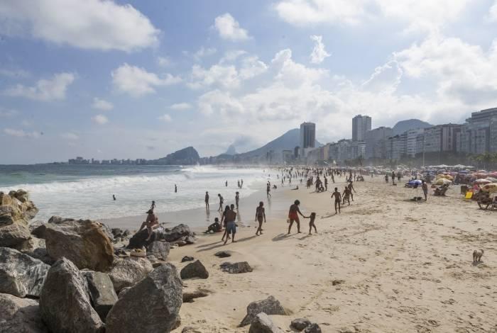 Alta temperatura fez os cariocas irem aproveitar a praia