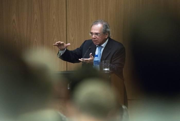 Ministro Paulo Guedes prometeu reduzir tamanho do Estado