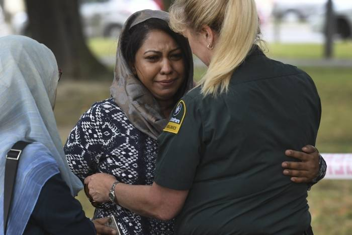 Massaacre em Christchurch, na Nova Zelândia, cometido por um supremacista branco destacou o que os analistas dizem ser o problema global de uma ameaça de extrema-direita