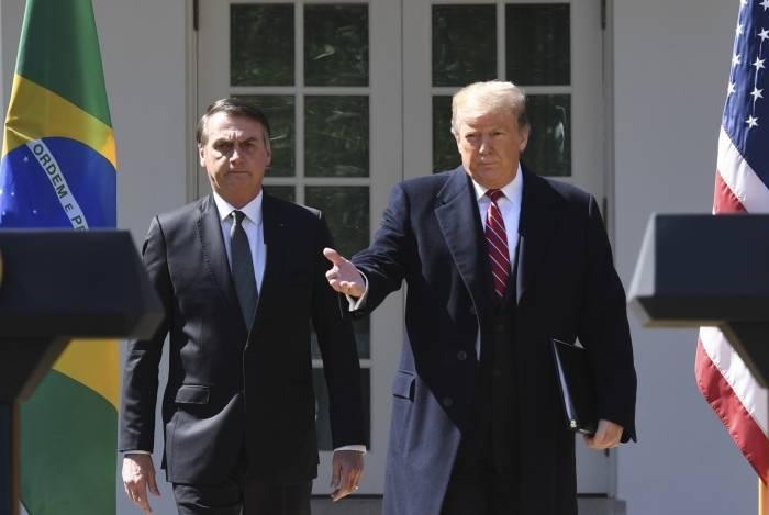 Bolsonaro e Trump dão entrevista coletiva no Jardim da Casa Branca após reunião reservada e tecem inúmeros elogios um ao outro