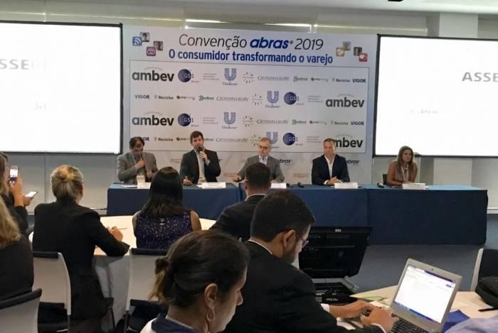 Empresários na entrevista coletiva que abriu a Super Rio Expofood