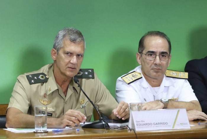 Assessor do ministro da Defesa, general Eduardo Garrido e o diretor de Finanças da Marinha, Hugo Nogueira