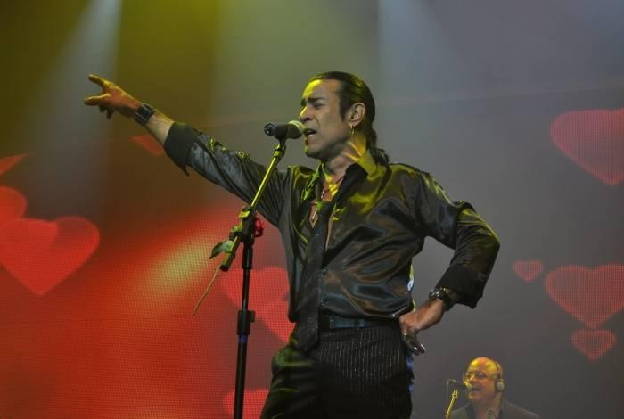 Elymar Santos retorna ao Teatro João Caetano, trinta anos depois de show repleto de histórias
